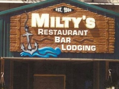 Milty's Restaurant Bar & Lodging