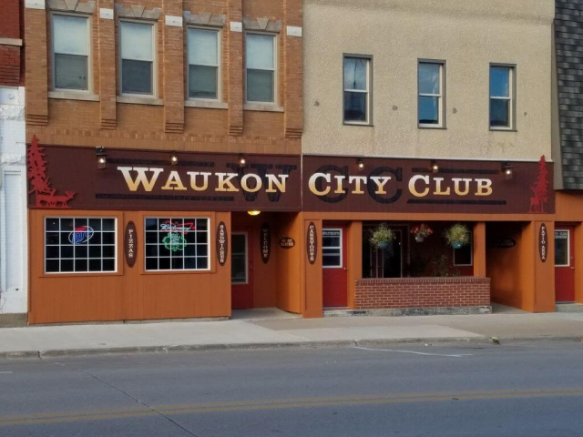 Waukon City Club